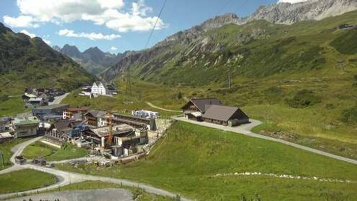 HD Live Webcam St. Anton am Arlberg - St. Christoph