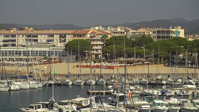 HD Live Webcam Sainte-Maxime - Côte d'Azur - Plage de Centre Ville