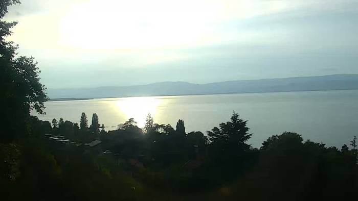 HD Live Webcam Thonon-Les-Bains - Genfer See