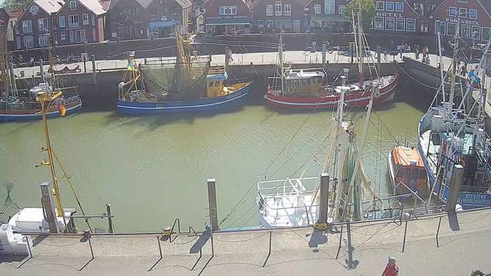 HD Live Webcam Neuharlingersiel, Hafen West