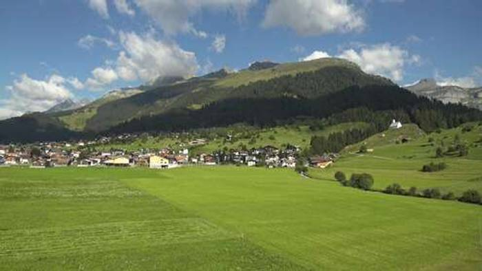 HD Live Webcam Brigels - Pradas Resort