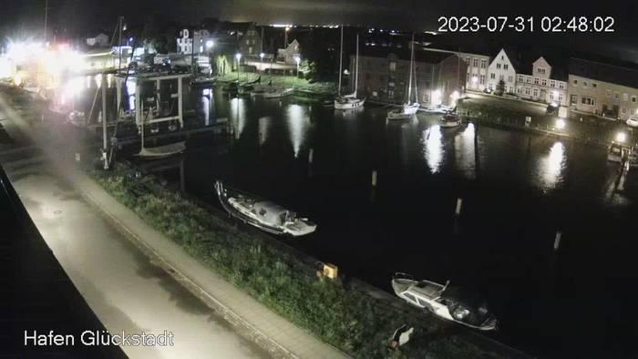 HD Live Webcam Glückstadt - Hafen